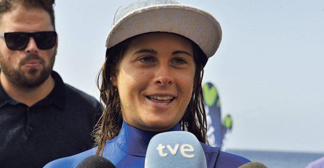 """""""Ich bin glücklich, dass ich es geschafft habe"""", sagte die Sportlerin den Reportern, als sie nach der letzten Etappe in El Hierro wieder festen Boden unter den Füßen hatte. Foto: EFE"""