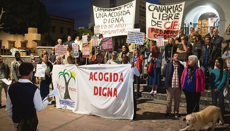 """Die Demonstranten fordern eine """"würdige Unterbringung"""". Foto: EFE"""