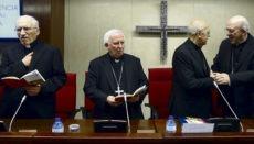 Die Bischöfe Rouco Varela, Antonio Cañizares, Ricardo Blázquez und Carlos Osoro in einer Versammlung der Spanischen Bischofskonferenz Foto: EFE