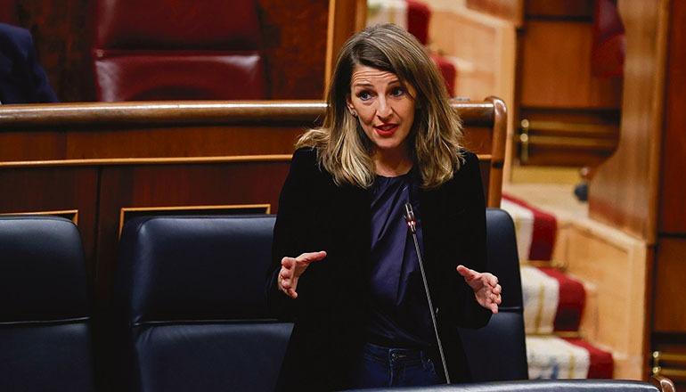 Arbeitsministerin Yolanda Díaz will rechtliche Grauzonen abschaffen. Foto: EFE