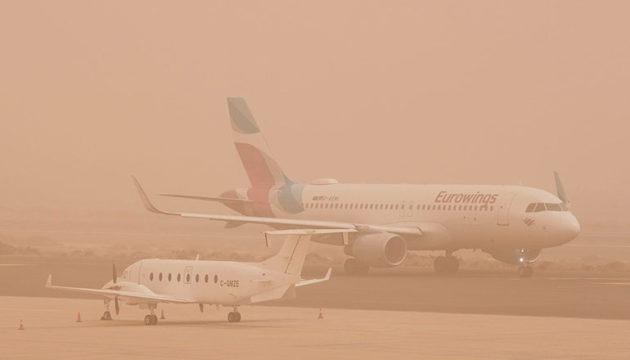 Auf Gran Canarias Flughafen wurde der Verkehr lahm gelegt. Foto: EFE