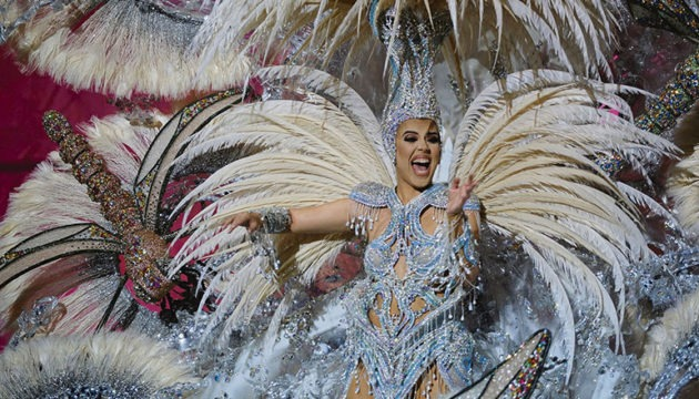 Minerva Hernández, Karnevalskönigin von Las Palmas Foto: EFE