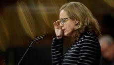 Wirtschaftsministerin Nadia Calviño im Abgeordnetenhaus in Madrid Foto: EFE