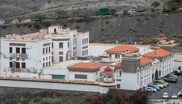 Das Migrantenzentrum CIE Barranco Seco befindet sich in Las Palmas auf Gran Canaria. Foto: EFE