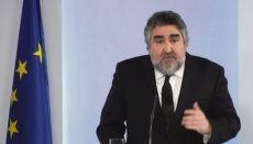 Kultusminister José Manuel Rodríguez Uribes muss sich Kritik von Künstlerverbänden anhören. Foto: EFE