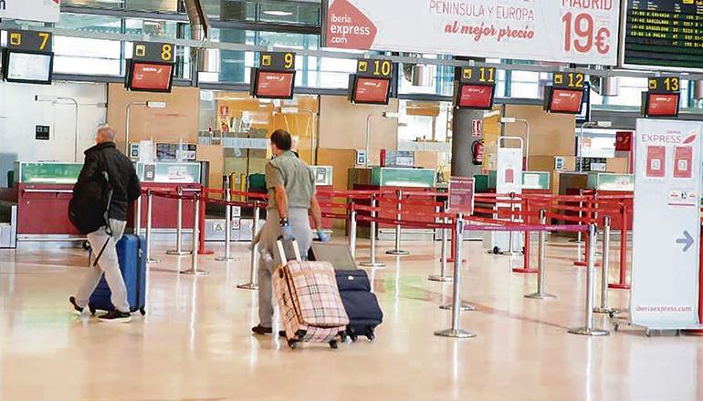 Der Nordflughafen Los Rodeos auf Teneriffa ist derzeit, wie alle Flughäfen, fast leer. Foto: EFE