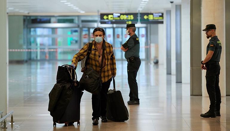 Passagier Flughafen EFE