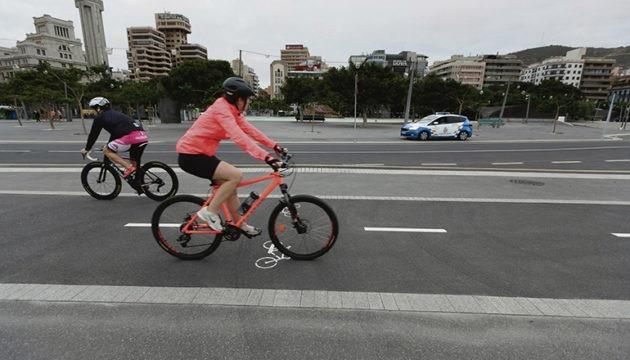 Radfahrer in Santa Cruz de Tenerife Foto: EFE