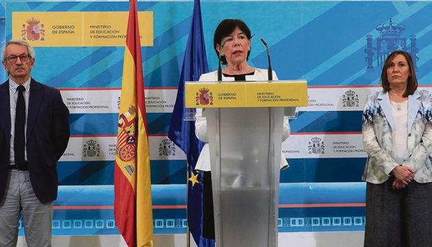 Ministerin Isabel Celáa trat am 11. Juni vor die Presse, um über die neuen Vorschriften zu informieren. Foto: EFE