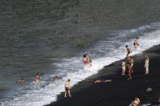 Mit Sicherheit baden: Die Ansteckungsgefahr im Wasser ist sehr gering. Foto: Moisés Pérez