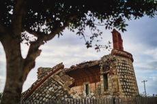 """Seit der Zerstörung durch die Wassermassen, die nach einem Unwetter im Jahr 1894 den Barranco hinabstürzten, steht nur noch die Ruine der """"Torre de San Andrés"""" Foto: Ayto SC"""