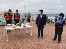 Am Strand Las Canteras wurde das Sicherheitsaufgebot vorgestellt. Foto: ayuntamiento de las Palmas de gran canaria