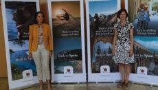 """Am 13. Juli stellte Tourismusministerin Reyes Maroto (l.) die neue Werbekampagne """"Back to Spain"""" vor, die in diesen Tagen in Deutschland, Großbritannien, Frankreich, Holland, Italien und Skandinavien anläuft. Foto: EFe"""