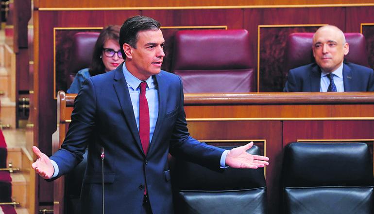 Regierungschef Sánchez bei seiner Rede im Parlament Foto: EFe