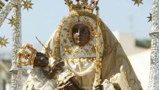 Die Gläubigen pilgern jedes Jahr zur Schutzheiligen der Kanarischen Inseln, der Virgen de Candelaria. Foto: Tirismo de Tenerife