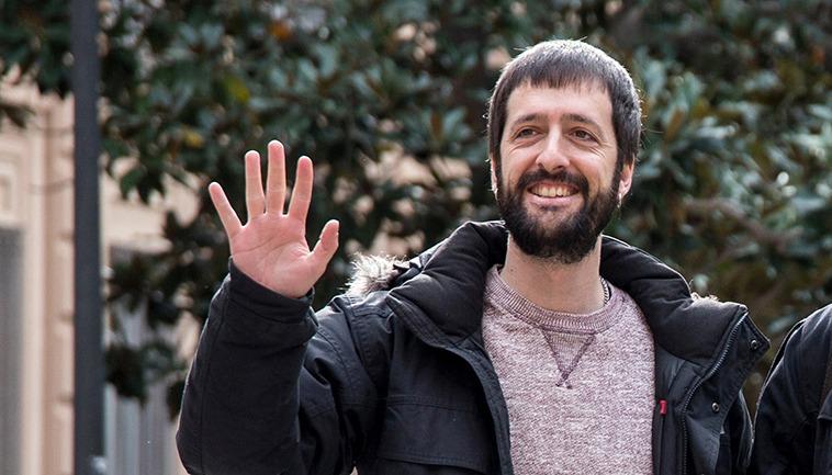 Juanma del Olmo, Sekretär für Kommunikation, gehört zu den vorgeladenen Vorstandsmitgliedern der Partei Podemos. Foto: EFE