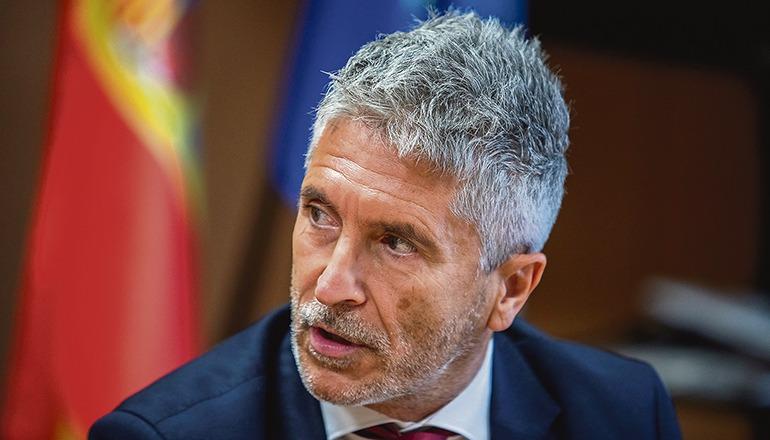 Innenminister Grande-Marlaska wurde bei der Vereidigung von Iñigo Urkullu im Nebenzimmer untergebracht. Foto: efe