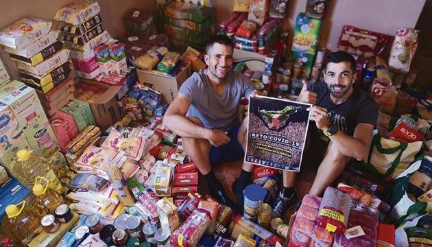 Dass ihre Aktion so positiv aufgenommen werden und sie so viele Menschen mit Spenden unterstützen würden, hatten die beiden Initiatoren nicht erwartet. Mit den fast 2.000 kg an Vorräten, deren Verteilung die NGO Sonrisas del Suroeste übernommen hat, hat sich die Anstrengung für sie eindeutig gelohnt. Foto: reto covid19