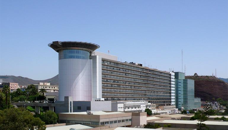 Das Hospital Universitario de Canarias (HUC) ist an der Erprobung einer neuen Behandlungsmethode beteiligt. Foto: Mataparda CC BY 3.0