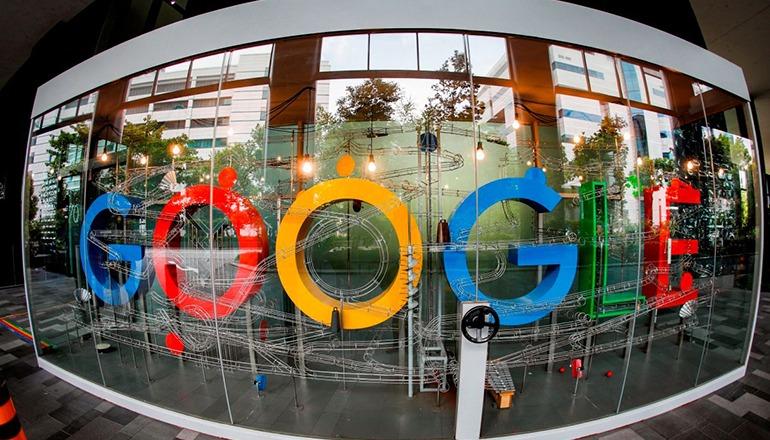 Google, bzw. die übergeordnete Holding Alphabet Inc., gehört zu den international operierenden Konzernen, deren Steuervermeidungsstrategien durch die Digitalsteuer eingedämmt werden sollen. Foto: EFE