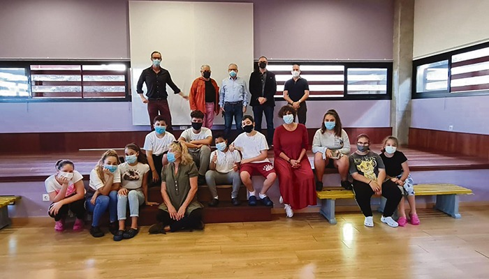 Die Kinder vom Tageszentrum in La Vera freuen sich über das Schulmaterial, das Ihnen ein netter Leser aus Deutschland gestiftet hat.
