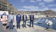 Der kanarische Präsidente Ángel Víctor Torres (2.v.l.) reiste nach La Gomera, um die Pläne vorzustellen. Foto: gobierno de Canarias
