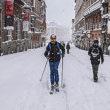 Der Kälteeinbruch mit Schneestürmen, den Filomena nach Spanien brachte, trieb den Stromverbrauch in die Höhe. Das Foto oben wurde in der historischen Calle Mayor mitten im Zentrum von Madrid aufgenommen. Foto: efe
