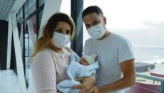 Brenda und David mit ihrer Tochter Martina Foto: Gobcan