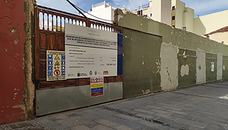"""Die Veranstaltungshalle """"Parque San Francisco"""" wurde abgerissen; wann mit dem lange erwarteten Neubau eines angemessenen Kultur- und Konzerthauses für Puerto begonnen wird, ist fraglich. Foto: Ayuntamiento Puerto de la CRuz"""