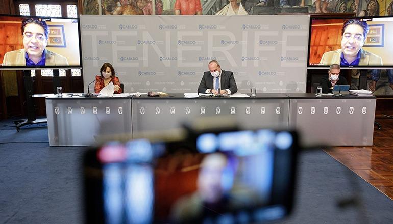 Cabildo-Präsident Pedro Martín in einer Videokonferenz