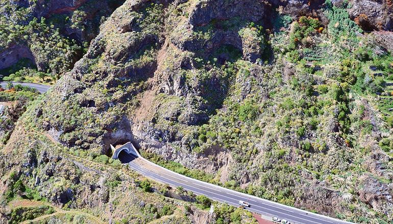 """Die Gefahrenstelle befindet sich zwischen dem Tunnel und der Tankstelle """"El Mirador"""". Foto:Moisés Pérez"""
