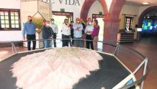 José Antonio Valbuena besuchte in Begleitung von Vertretern der Inselverwaltung das Besucherzentrum des Nationalparks, in das ein großer Teil der Finanzmittel fließen wird, um es weiter auszubauen und zu modernisieren sowie die bestehenden Ausstellungen zu ergänzen. Foto: CAbildo de LA Gomera