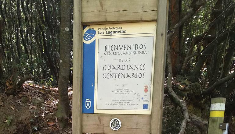 Schild am Beginn des Rundwanderwegs Foto: wb