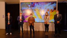 Bürgermeister Bermúdez (Mitte) bei der Präsentation des diesjährigen virtuellen Karnevalsprogramms Foto: Ayuntamiento de Santa Cruz