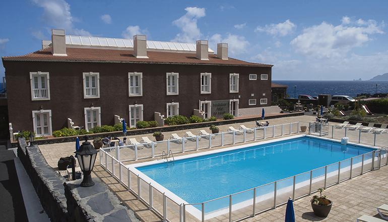Archivbild des Hotels an der Nordwestküste der Insel Foto: Cabildo de El Hierro