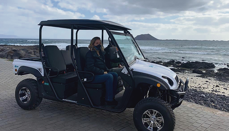Der umweltfreundliche, geländegängige Elektro-Buggy soll künftig über die Insel Lobos fahren. Foto: CabFV