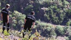Einsatzkräfte der Notfalleinsatztruppe des Militärs (UME) am 22. Februar 2021 bei der Wiederaufnahme der Suche nach einer im August 2016 verschwundenen Frau in Santa María de Guía und Arucas im Norden Gran Canarias. Die 56-jährige Juana Ramos, Mutter zweier Kinder, war zuletzt mit ihrem Ex-Partner zu einem Spaziergang verabredet, um über finanzielle Angelegenheiten zu sprechen. Beide waren 14 Jahre ein Paar und hatten sich drei Monate zuvor getrennt. Foto: EFE