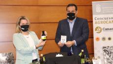 Die kanarische Landwirtschaftsministerin Alicia Vanoostende gab die Gewinner des Regionalwettbewerbs um das beste Olivenöl bekannt. Foto: Gobierno de Canarias