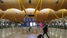 In den Hallen des Flughafens Madrid Barajas herrscht dieser Tage oft gähnende Leere. Foto: EFE