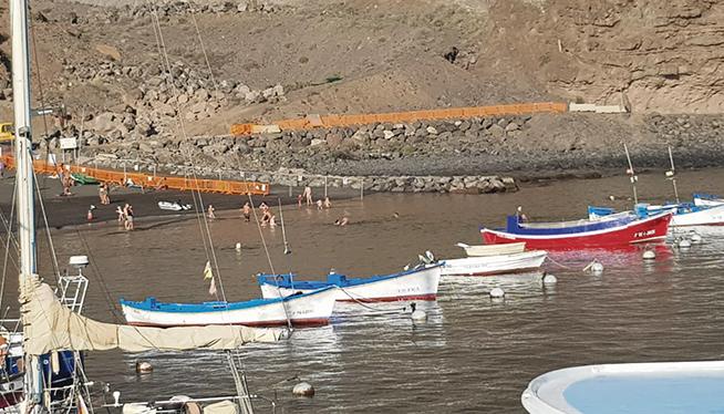 Die Absperrungen sollten unbedingt beachtet werden. Foto: Ayuntamiento de valle gran rey