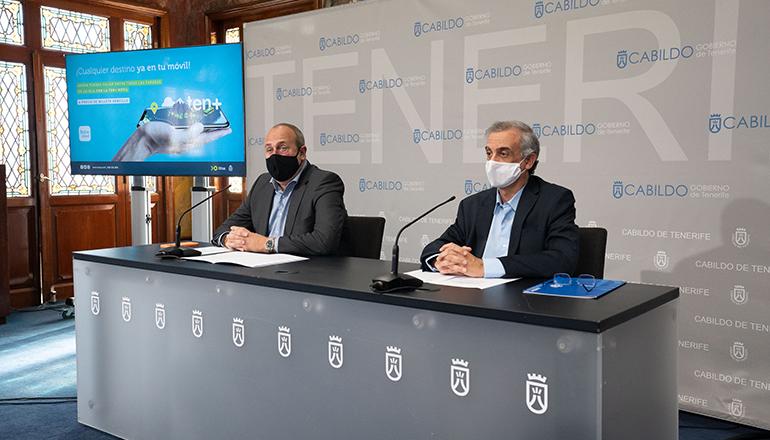 Repräsentanten der Titsa gaben die Einführung der Bezahlung von Einzeltickets über die Ticket-App bekannt. Foto: Titsa