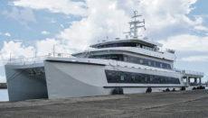25 Millionen Dollar soll das luxuriöse Schiff gekostet haben, das unter anderem über einen Helikopterlandeplatz verfügt. Foto: puertos de tenerife