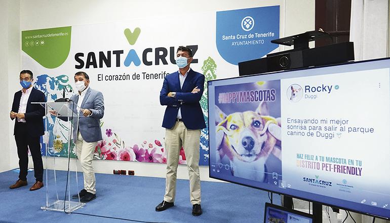 Die Vertreter der Stadtverwaltung bei der Präsentation der Kampagne Foto: Ayto Santa Cruz
