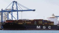 Containerschiffe im Hafen von Las Palmas de Gran Canaria Foto: EFE