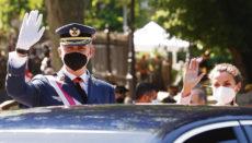 König Felipe, oben bei den eierlichkeiten anlässlich des Tags der Streitkräfte, Fotos: EFE
