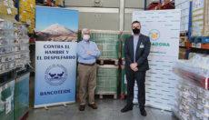 Mercadona spendet regelmäßig Lebensmittel an BancoTeide und andere Wohltätigkeitsorganisationen: Hernán Cerón (li), Präsident der Lebensmittelbank Teneriffa, und Jorge Pérez (re), Direktor für externe Beziehungen bei Mercadona Foto: mercadona