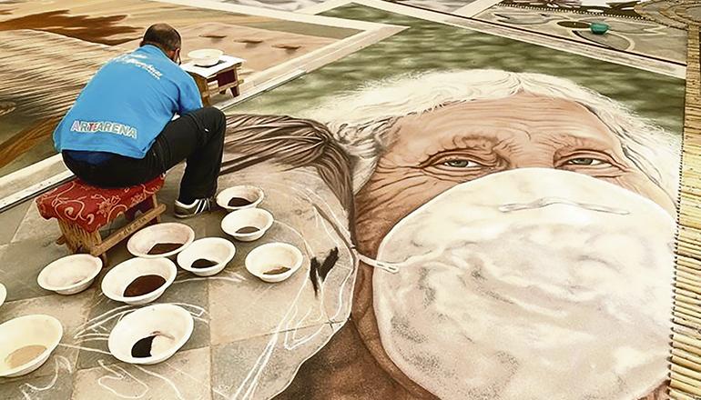 Das große Sandbild auf der Plaza kann am 9. Juni besichtigt werden. Fotos: Ayuntamiento de La Orotava