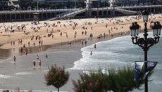 Der Strand La Concha in San Sebastián Foto: EFE