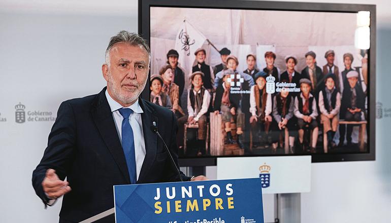 Der kanarische Präsident Ángel Víctor Torres kündigte das Eintreffen von 1,3 Millionen weiteren Impfdosen an, sodass der Impfplan ohne Unterbrechung fortgesetzt werden kann. Foto: Gobierno de canarias