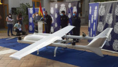 Das beschlagnahmte Fluggerät ist mit vier Elektromotoren ausgestattet. Foto: cuerpo nacional de policía /ministerio del interior